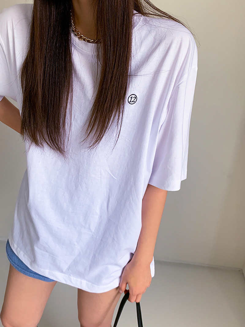 12-embroidered short sleeve t